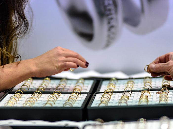 Jewelry Shopping Experience Grand Rapids Mi