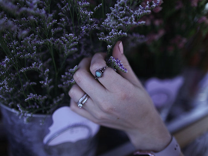 How To Protect Your Diamond Ring In The Winter Grand Rapids Mi